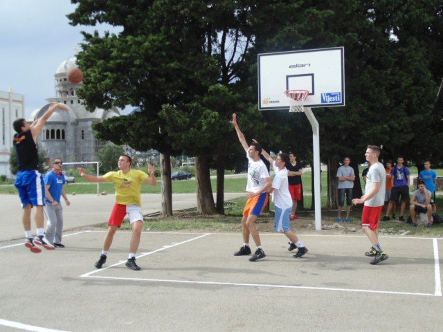 One of the tournament games in action.